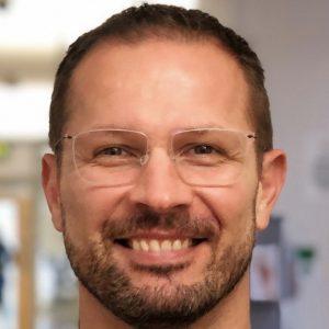 Dr Gysbert Fourie